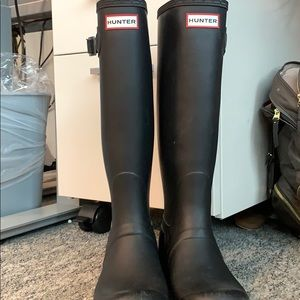 Black Hunter Tall Rainboots